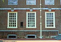 Philadelphia: Independence Hall--windows. Georgian style.  Photo '88.