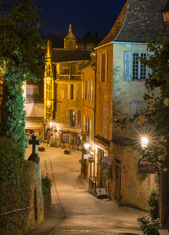 sarlat la can da at night phil haber photography. Black Bedroom Furniture Sets. Home Design Ideas