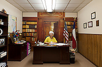Cuero, Texas. Fracking brought a huge oil boom to Dewitt County in Texas...The mayor of Cuero, Sara Post Meyer, at her office...Buegermeisternin von Cuero, Sara Post Meyer...© Stefan Falke www.stefanfalke.com.