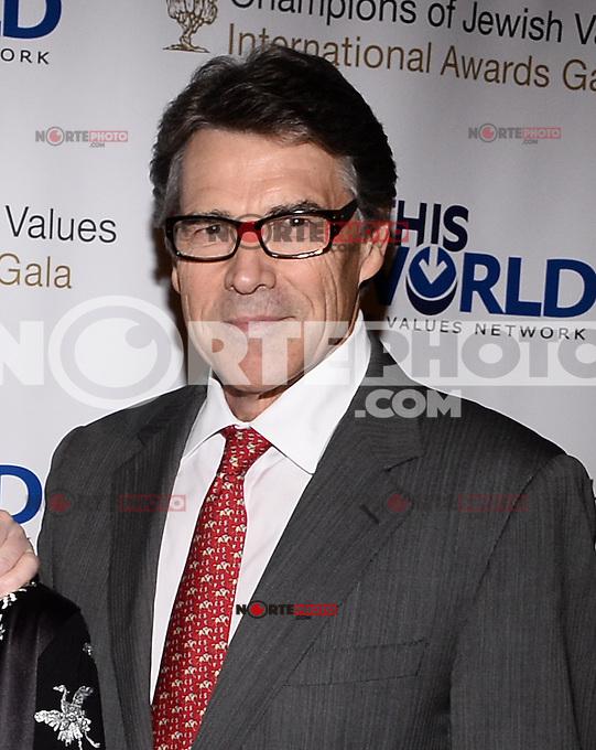 NEW YORK, NY - MAY 18:  World Jewish Values Network second annual gala dinner on May 18, 2014 in New York City. © HP/Starlitepics