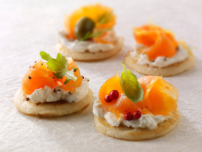 smoked salmon and cream cheese blinis