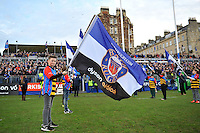A general view of the Bath Rugby guard of honour prior to the match. European Rugby Champions Cup match, between Bath Rugby and RC Toulon on January 23, 2016 at the Recreation Ground in Bath, England. Photo by: Patrick Khachfe / Onside Images