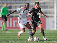 Luis Gil dribbles the ball. US Men's National Team Under 17 defeated Malawi 1-0 in the second game of the FIFA 2009 Under-17 World Cup at Sani Abacha Stadium in Kano, Nigeria on October 29, 2009.