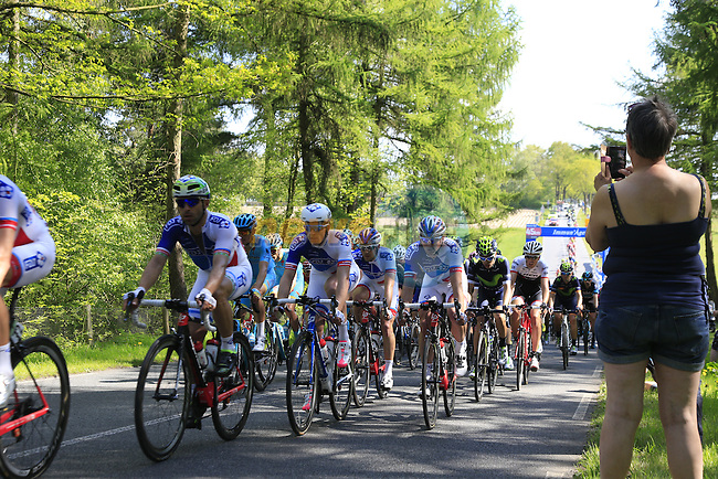 The peloton summit Berg en Dal during Stage 2 of the 2016 Giro d'Italia running 190km from Arnhem to Nijmegen, The Nethrerlands. 7th May 2016.<br /> Picture: Eoin Clarke | Newsfile<br /> <br /> <br /> All photos usage must carry mandatory copyright credit (&copy; Newsfile | Eoin Clarke)