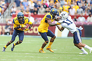 Landover, MD - September 23, 2016: West Virginia Mountaineers wide receiver Jovon Durante (5) runs the ball during game between BYU and WVA at  FedEx Field in Landover, MD.  (Photo by Elliott Brown/Media Images International)