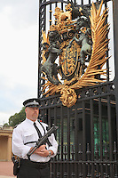 Buckingham Palace Guard - Westminster, UK