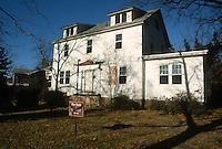 1987 January ..Conservation.Lafayette-Winona..126 DUPONT CIRCLE.FOR SALE...NEG#.NRHA#..