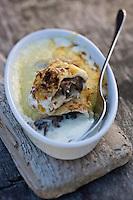 Europe/France/Picardie/80/Somme/Baie de Somme/Saint-Firmin-les-Crotoy: Ficelle Picarde de l'Auberge de la Dune - La ficelle picarde est une entrée, spécialité régionale de Picardie. C'est une crêpe au jambon et aux champignons cuite au four.