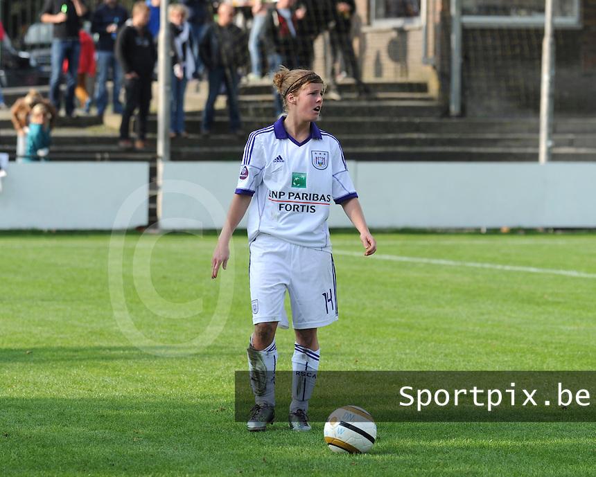 Dames RSCA ANDERLECHT :<br /> Laura Deloose<br /> <br /> foto Dirk Vuylsteke / Nikonpro.be