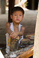 Pai, Mae Hong Son, Thailand, March 2007. daily life in a remote Lahu village.  The town of Pai is a meeting point for many independent travellers. From here one can undertake multiple day treks through the jungle to the Hilltribe villages. Photo by Frits Meyst/Adventure4ever.com