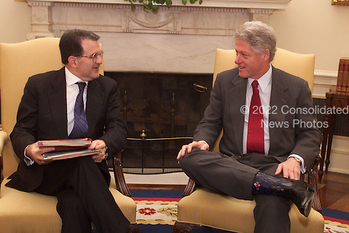 United States President Bill Clinton meets with former Italian Prime Minister and current European Commission President Romano Prodi.in the Oval Office of the White House in Washington, D.C. on October 27, 1999..Mandatory Credit: The White House via CNP