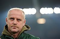 FUSSBALL   1. BUNDESLIGA   SAISON 2011/2012    17. SPIELTAG FC Schalke 04 - SV Werder Bremen                            17.12.2011 Trainer Thomas SCHAAF (re, beide SV Werder Bremen)