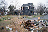 1996 February 10.Conservation.Lamberts Point...Acquisitions.Side lot & vacant house.1400 block West 25th Street...NEG#.NRHA#..CONSERV: Lambert2 6:11