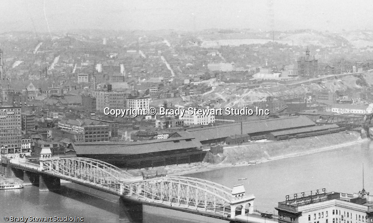 Pittsburgh PA - View of the Bluff and Hill District from Mount Washington - 1905.