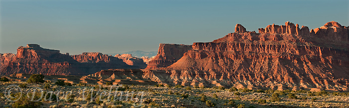 988000022 panorama view of stepped buttes along the san rafael swell in eastern utah united states