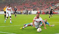 FUSSBALL   EUROPA LEAGUE   SAISON 2012/2013    VfB Stuttgart - FC Kopenhagen   25.10.2012 Tunay Torun (Mitte, VfB Stuttgart) versucht einen Elfmeter zu bekommen gegen Torwart Johan Wiland (re, Kopenhagen)