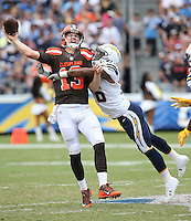 Cleveland Browns quarterback Josh McCown #13 and San Diego Chargers conerback Casey Hayward #26 during an NFL game played at Qualcomm Stadium  on Oct 4, 2015. (AP Photo/Michael Zito for Panini)