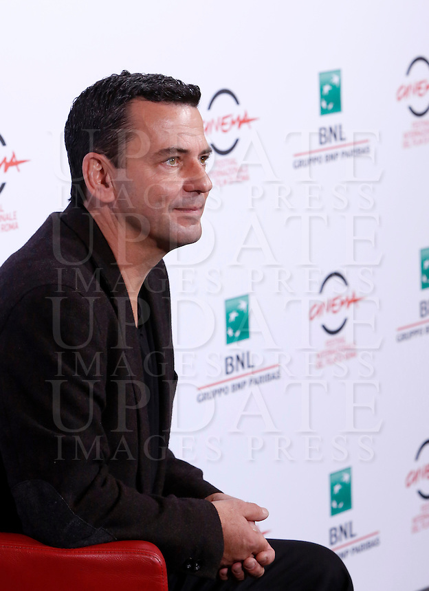 Il regista tedesco Christian Petzold posa durante un photocall per la presentazione del film &quot;Phoenix&quot; al Festival Internazionale del Film di Roma, 22 ottobre 2014.<br /> German director Christian Petzold, right, pose for a photocall to present the movie &quot;Phoenix&quot;&quot; during the international Rome Film Festival at Rome's Auditorium, 22 October 2014.<br /> UPDATE IMAGES PRESS/Riccardo De Luca