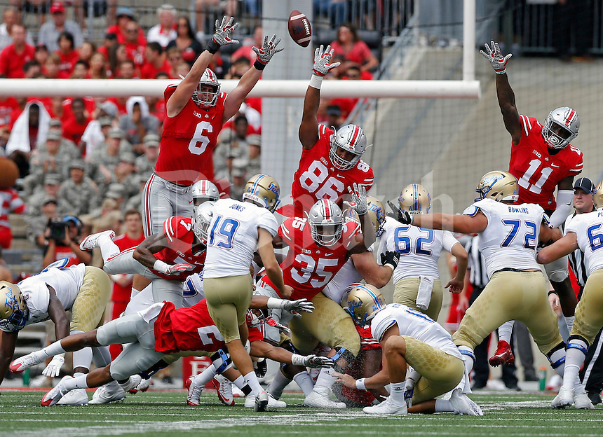 Tulsa Golden Hurricane place kicker Redford Jones (19) makes a field goal against the Ohio State Buckeyes special teams in the 1st quarter of their game at Ohio Stadium in Columbus, Ohio on September 10, 2016.  (Kyle Robertson / The Columbus Dispatch)
