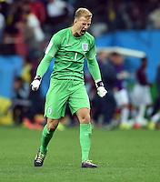 FUSSBALL WM 2014  VORRUNDE    GRUPPE D     Uruguay - England                     19.06.2014 Torwart Joe Hart (England) jubelt nach dem 1:1