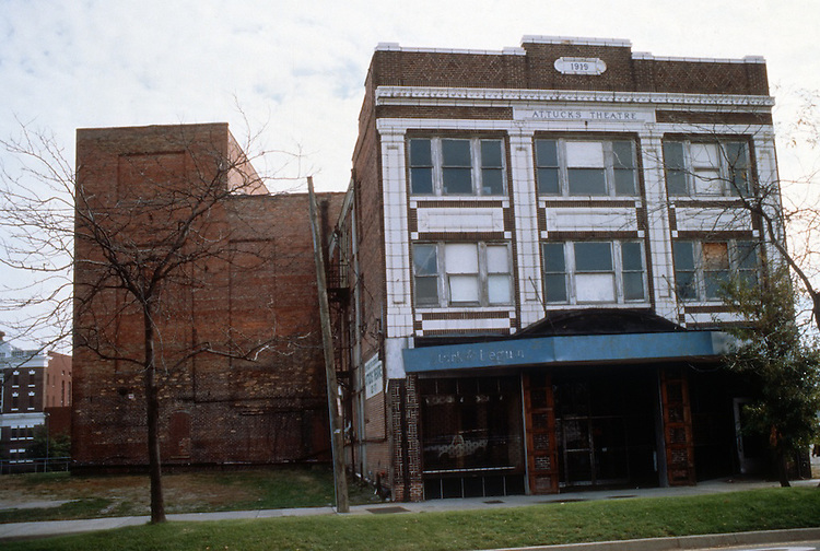 1995 December 06..Rehabilitation..Attucks Theatre.Church Street..CAPTION...NEG#.NRHA#..