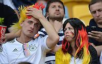 FUSSBALL  EUROPAMEISTERSCHAFT 2012   VORRUNDE Deutschland - Portugal          09.06.2012 Skeptische deutsche Fans