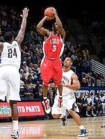 11 November 2009:  Lamar Lee of Detroit shoots the ball during the game against California at Haas Pavilion in Berkeley, California.   California defeated Detroit, 95-61.