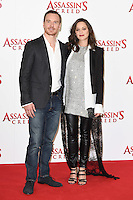 Michael Fassbender &amp; Marion Cotillard at the &quot;Assassin's Creed&quot; photocall at Claridges Hotel, London. December 8, 2016<br /> Picture: Steve Vas/Featureflash/SilverHub 0208 004 5359/ 07711 972644 Editors@silverhubmedia.com