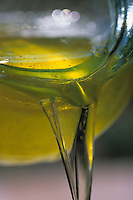 Europe/France/Languedoc-Roussillon/66/Pyrénées -Orientales/Laroque-des-Albères: l'huile d'amande de Christine Llense