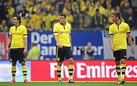 FUSSBALL   1. BUNDESLIGA   SAISON 2012/2013   5. Spieltag Hamburger SV - Borussia Dortmund               22.09.2012         Mats Hummels, Sebastian Kehl und Moritz Leitner (v.l., alle Borussia Dortmund) sind enttaeuscht