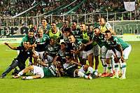 CALI - COLOMBIA -19-03-2017: Los jugadores de Deportivo Cali, celebran la victoria sobe America durante partido de la fecha 10 entre Deportivo Cali y America de Cali, por la Liga Aguila I-2017, jugado en el estadio Deportivo Cali (Palmaseca)  de la ciudad de Cali. / The players of Deportivo Cali, celebrate the victory over America during a match of the date 10 between Deportivo Cali and America de Cali,  for the Liga Aguila I-2017 at the Deportivo Cali (Palmaseca) stadium in Cali city. Photo: VizzorImage  / Nelson Rios / Cont.