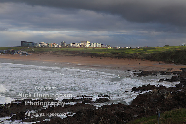 Newquay, Cornwall, UK. 5th Jan, 2016. The north Cornwall town of Newquay enjoys a brief respite from the rain storms.