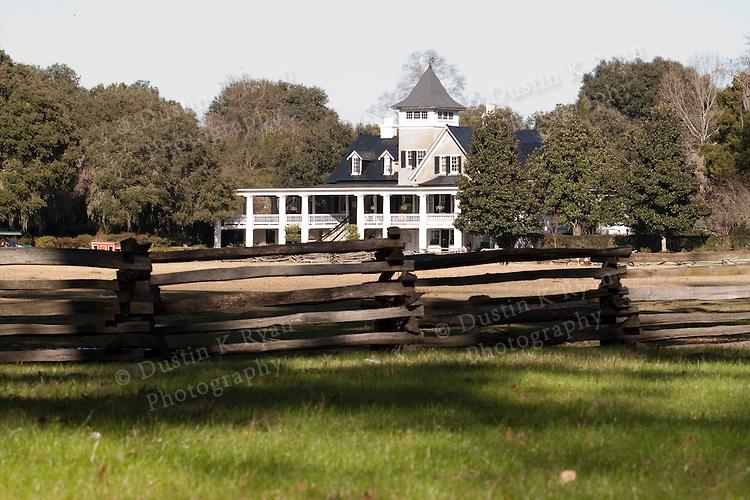 plantation house, house, historic, historic home Magnolia, gardens,