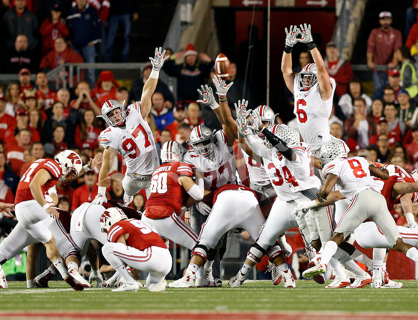 Ohio State Buckeyes special teams unit trying to block a field goal against Wisconsin Badgers during their game at Camp Randall Stadium in Madison, Wis on October 15, 2016.  (Kyle Robertson / The Columbus Dispatch)