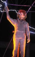 David Blaine 'electrified' by one million volts - New York
