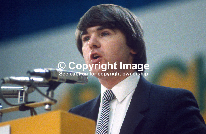 Frank Fahy, TD, Fianna Fail, opposition party, Rep of Ireland, photographed at April 1984 Ard Fheis i.e. party conference, 19840048FF2..Copyright Image from Victor Patterson, 54 Dorchester Park, Belfast, UK, BT9 6RJ..Tel: +44 28 9066 1296.Mob: +44 7802 353836.Voicemail +44 20 8816 7153.Skype: victorpattersonbelfast.Email: victorpatterson@me.com.Email: victorpatterson@ireland.com (back-up)..IMPORTANT: If you wish to use this image or any other of my images please go to www.victorpatterson.com and click on the Terms & Conditions. Then contact me by email or phone with the reference number(s) of the image(s) concerned.