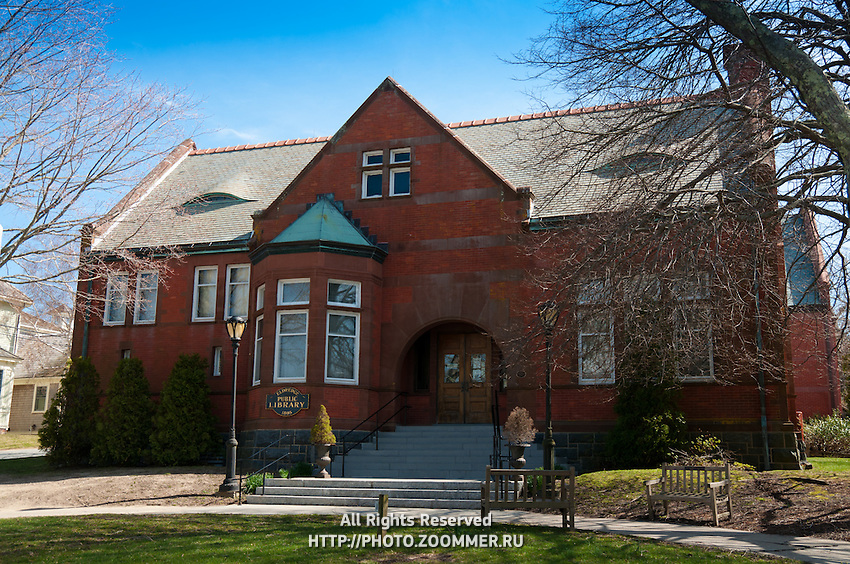 Chatham public library building on Cape Cod