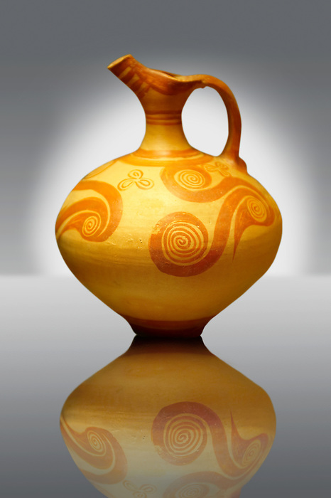 Ephyraean Jug decorated with arganaut shells, Markopoulo . Late Helladic IIB culture of mainland ancient Mycenaean Greece during. Cat No 3765, 9103, Athens Archaeological Museum.