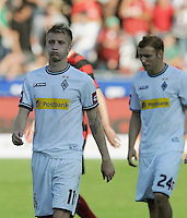 FUSSBALL   1. BUNDESLIGA  SAISON 2011/2012   8. Spieltag   01.10.2011 SC Freiburg - Borussia Moenchengladbach         Enttaeuschung Gladbach; Marco Reus (li) und Tony Jantschken (v.li.)
