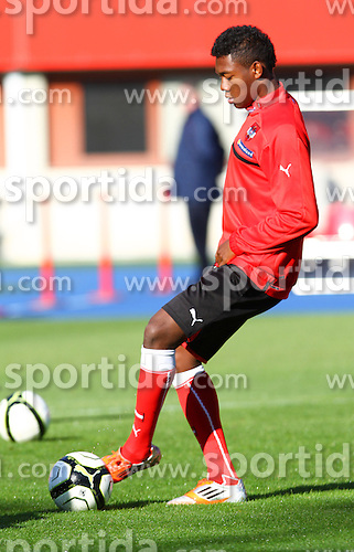 14.10.2012, Ernst Happel Stadion, Wien, AUT, FIFA WM Qualifikation, Oesterreich vs Kasachstan, Training Oesterreich, im Bild David Alaba (AUT)// during an Austrian practice session for the FIFA World Cup Qualifier Match between Austria (AUT) and Kazakhstan (KAZ) at the Ernst Happel Stadion, Vienna, Austria on 2012/10/14. EXPA Pictures © 2012, PhotoCredit: EXPA/ Sebastian Pucher