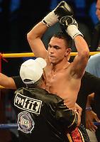 Darleys Perez (COL) vs. Jaider Parra (VEN), titulo AMB. Barranquilla, 24-10-2014