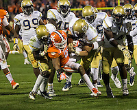 The eighth ranked Clemson Tigers defeat the Georgia Tech Yellow Jackets at Death Valley 55-31 in an ACC matchup.  Clemson Tigers running back Roderick McDowell (25), Georgia Tech Yellow Jackets defensive back Jemea Thomas (14)