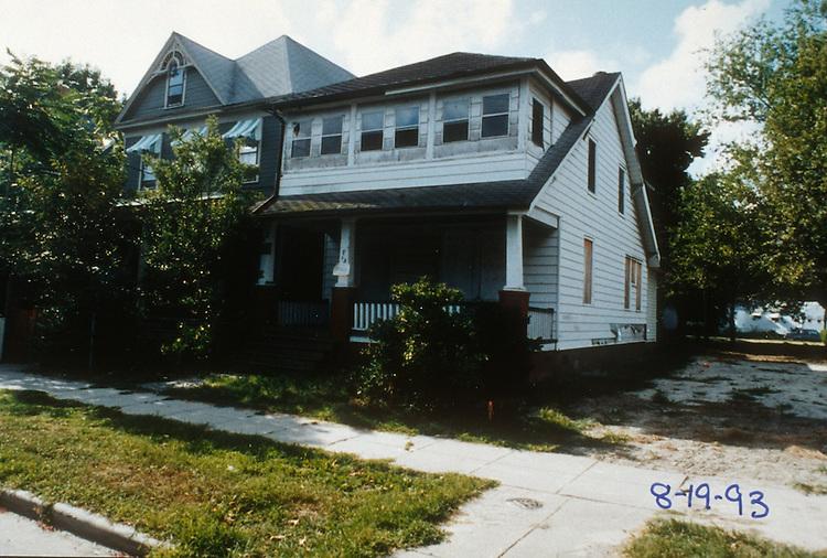 1994 December ..Conservation.Park Place..713 WEST 34TH STREET...NEG#.NRHA#..