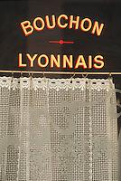 """Europe/France/Rhône-Alpes/69/Rhone/Lyon: Détail devanture Bouchon """"Le Beaujolais"""" rue Mercière"""