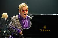 2014-11-24 Elton John - TUI-Arena Hannover