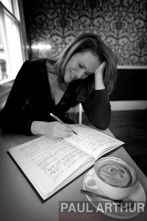 Charlotte Shipley, soprano.