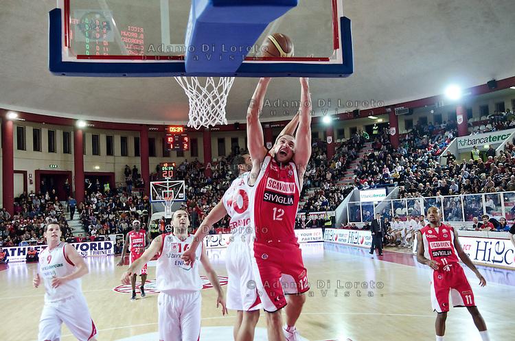 Teramo 04-12-2011 Campionato di Lega A1 Basket 2011/2012: TERAMO BASKET VS SCAVOLINI SIVIGLIA TERAMO. IN FOTO CUSIN MARCO DEL PESARO
