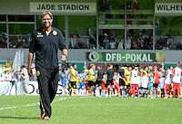 FUSSBALL       DFB POKAL 1. RUNDE        SAISON 2013/2014 SV Wilhelmshaven - Borussia Dortmund    03.08.2013 Trainer Juergen Klopp (Dortmund) auf den Weg zur Trainerbank
