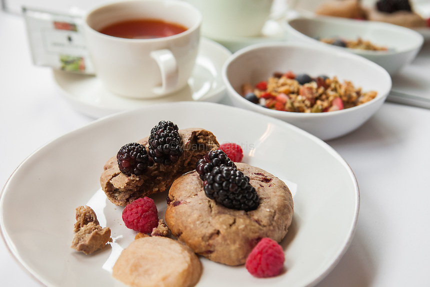 The Breezy Berry Scone with Homemade Apple Butter, the Chaga Chai Detox Bowl, and Sakara Detox Tea from Sakara Life, which come prepared and packaged.<br /> <br /> Danny Ghitis for The New York Times