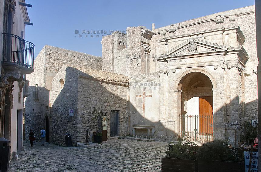 Erice: chiesa di San Michele.<br /> Erice: San Michele church